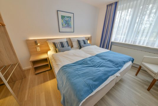 Doppelbett im Appartment Dünenblick in Meyenburg & Gerds Höft auf Juist