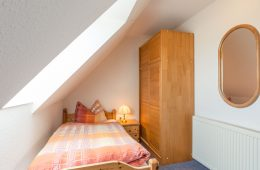 Einzelbett im Appartment Seeblick von Meyenburg & Gerds Höft auf Juist